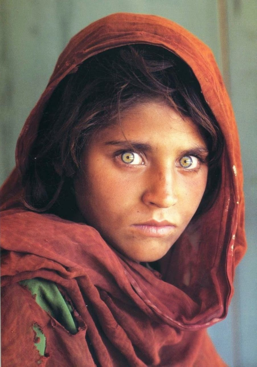 Sharbat Gula Afghan girl