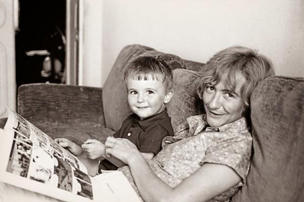 art et glam sagan et fils de denis westhoff le portrait de fran oise sagan par son fils. Black Bedroom Furniture Sets. Home Design Ideas