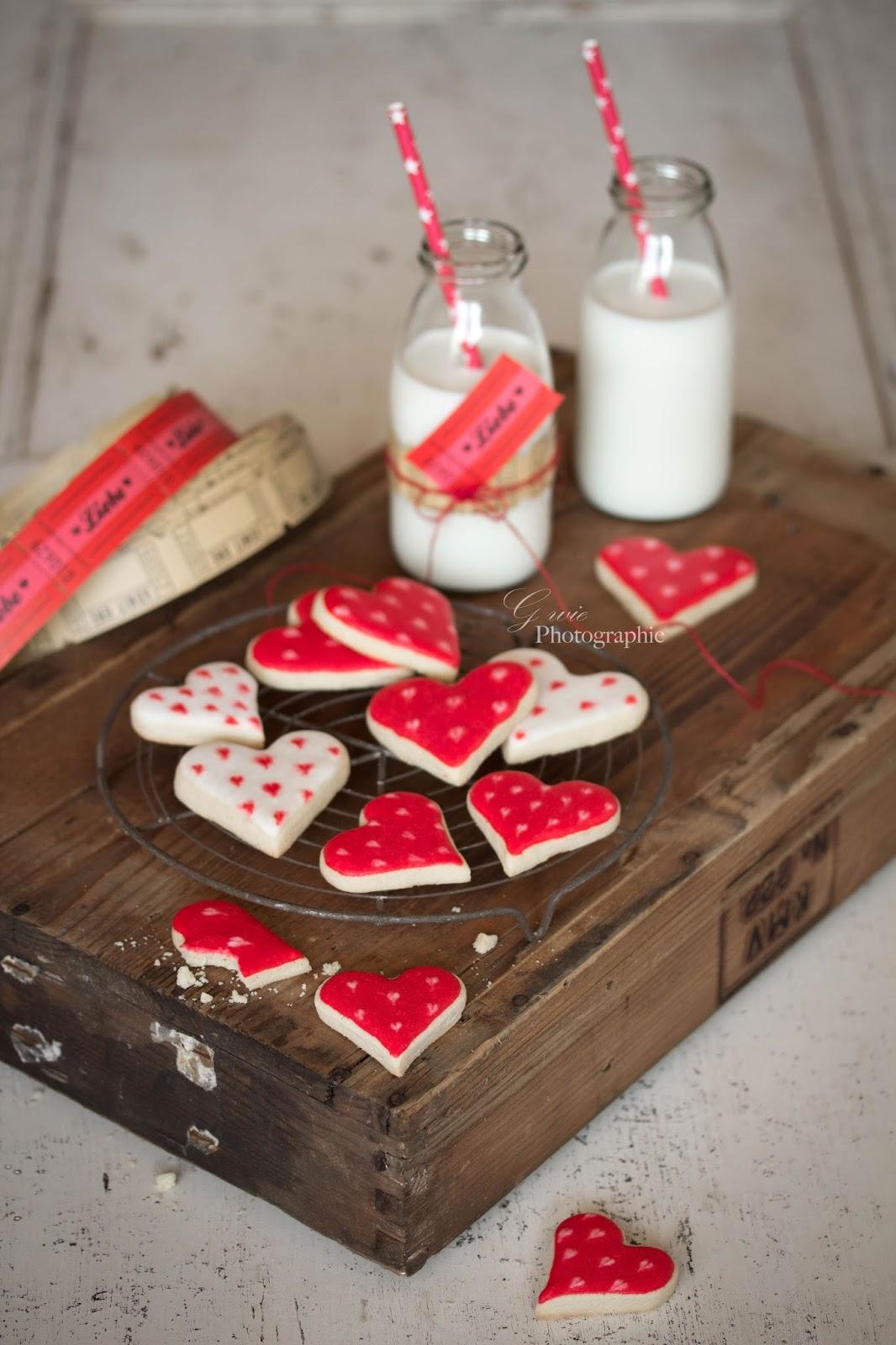 herzkekse, kekes zum valentinstag, valentinstag, valentine's day, love, liebe