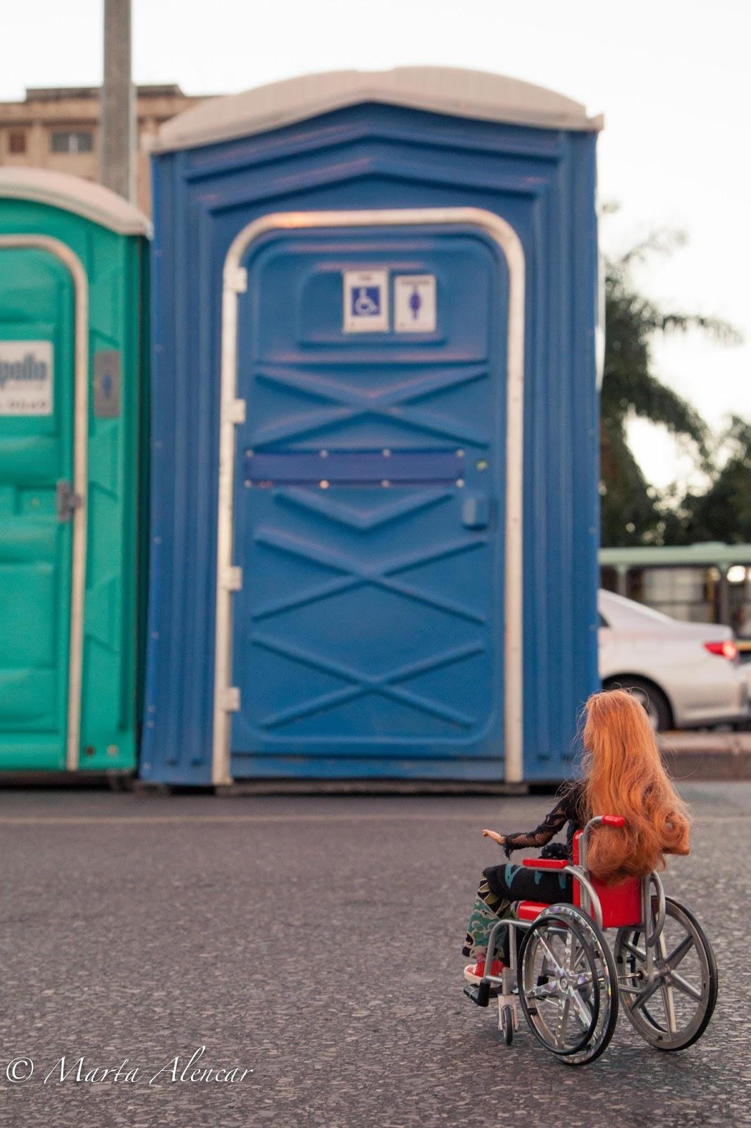 mais autonomia e independência se tenho um banheiro adaptado pra mim #1E4D71 1066x1600 Banheiro Adaptado