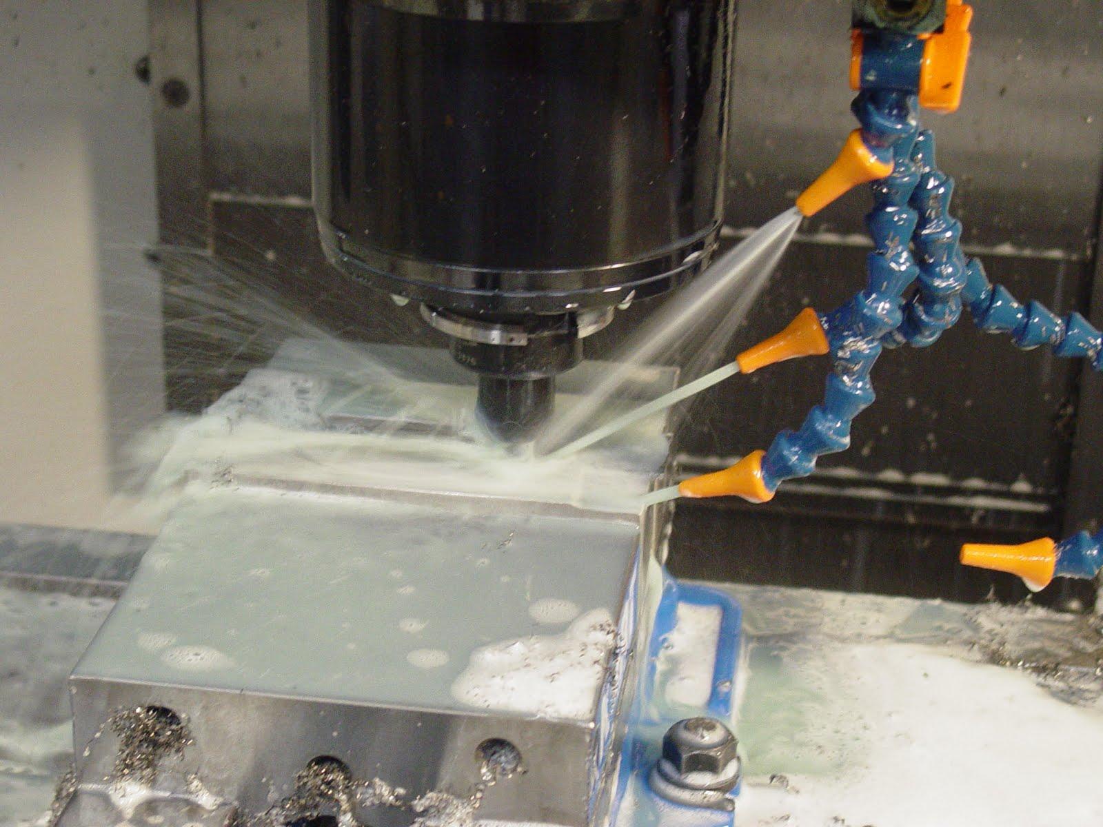 Coolant control in cnc machining small machine