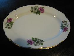 Platter Bujur Bunga Kangkung