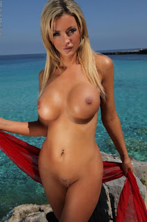 Holly Henderson Naked By The Sea
