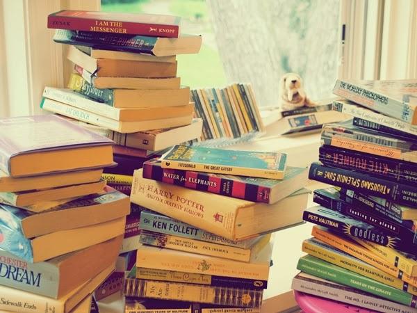 Feira de livros acontece até fevereiro na praça de eventos do Boulevard Shopping, em Campina