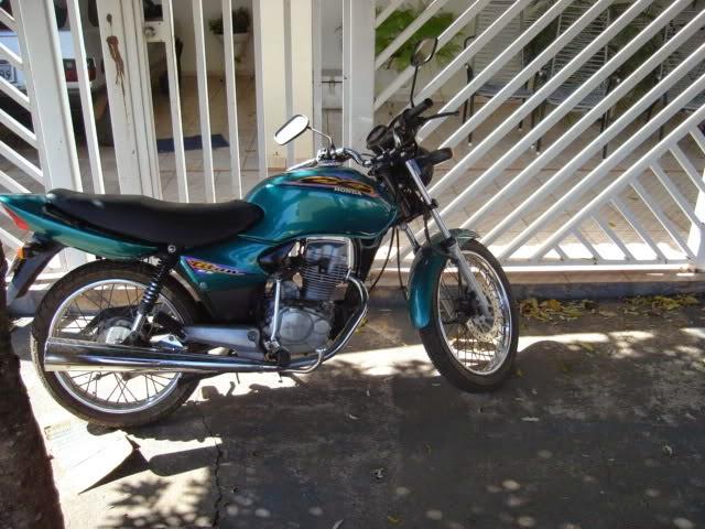 Qual foi sua primeira moto? DSC05383