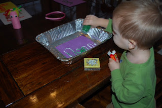 preschoolers, letters, glitter, art, cheap craft