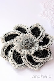 Sheila crochet brooch by Anabelia