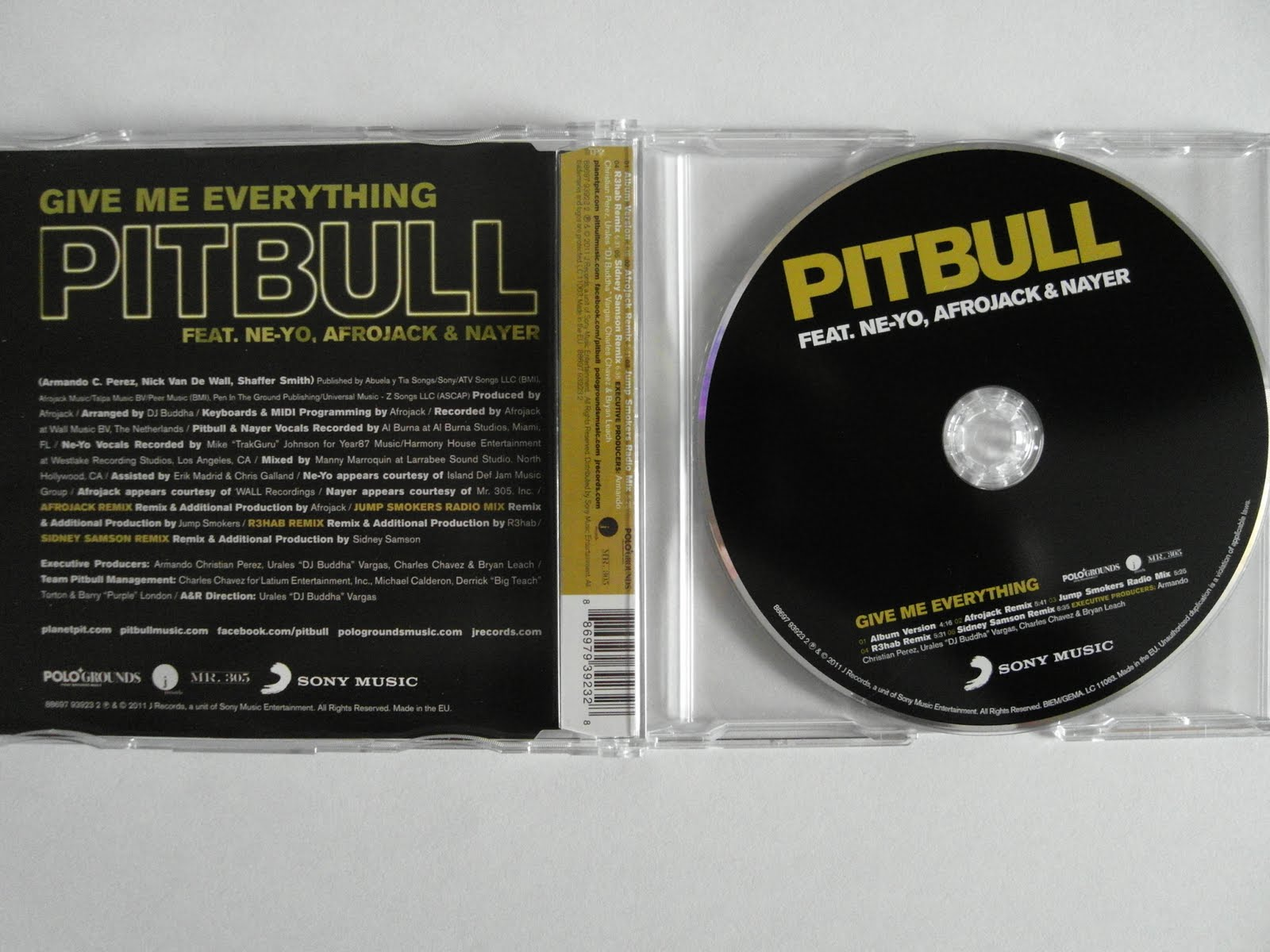 http://1.bp.blogspot.com/-PxEvsbMYJws/TgyUtgZYyyI/AAAAAAAAKuI/EPOtz2A-Sp8/s1600/00-pitbull_feat_ne-yo_afrojack_and_nayer_-_give_me_everything__incl_sidney_samson_remix-cdm-2011-cover.jpg