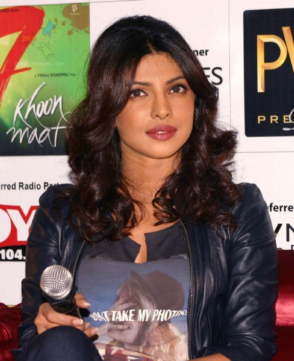 Priyanka Chopra 7 Khoon Maaf Press Conference Pictures