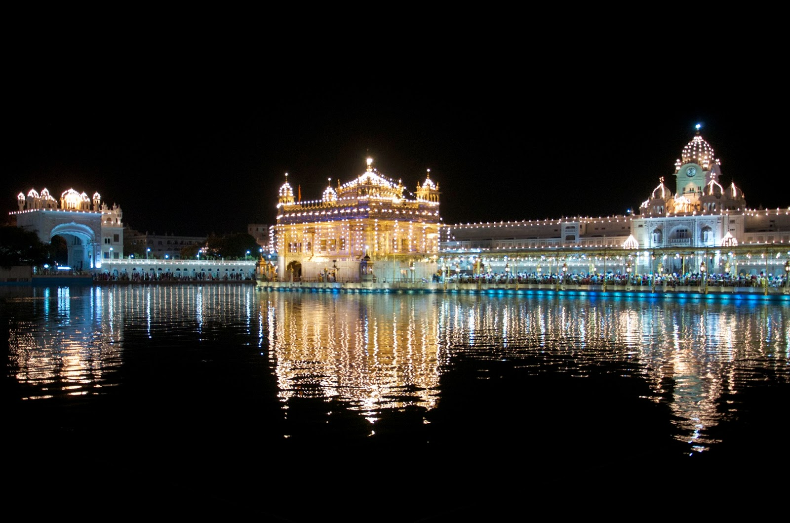 BombayJules: Scenes from The Golden Temple, Amritsar