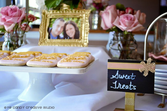 sweet treats sign, Ball jar cookies, flowers, gold frame