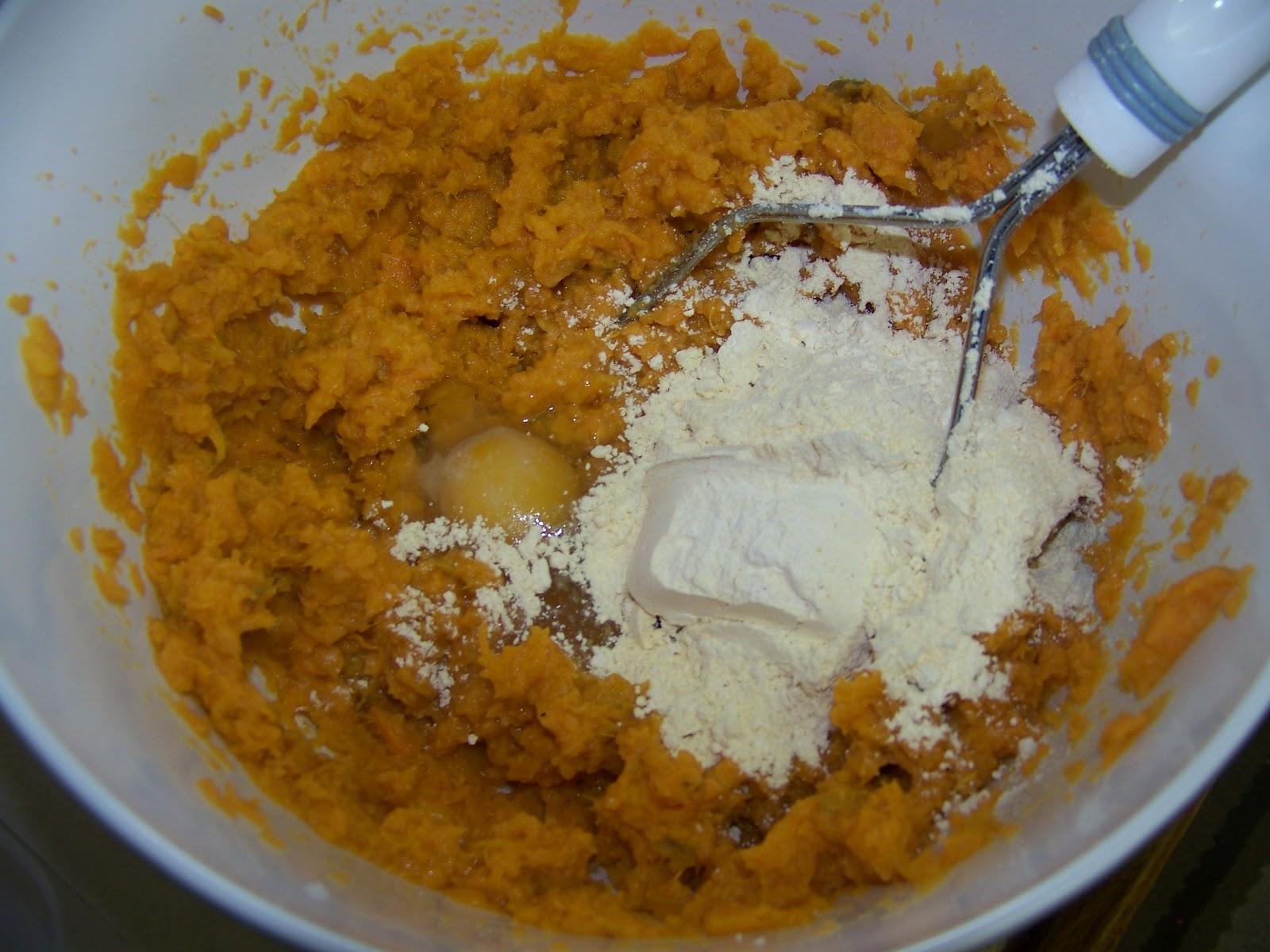 In a frying pan saute the onions, chilies, ginger, garlic, cumin, salt ...