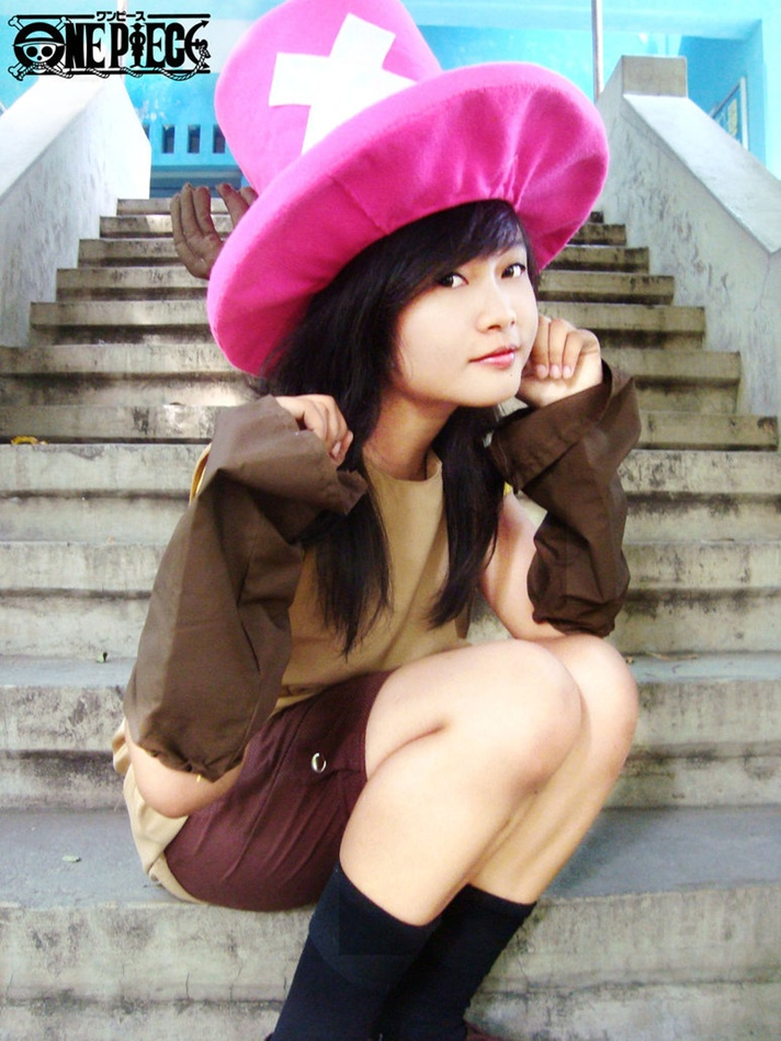 [Resim: One-Piece-Cosplay-002-Chopper-by-Nandamegumi.jpg]