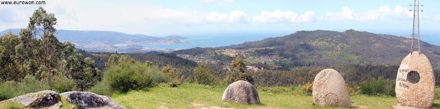 Vistas de Baiona desde el monte Cepudo de Vigo
