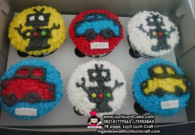 Cupcake Buttercream Robot dan Mobil