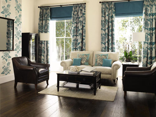 Q80 High Street In Memory Laura Ashley
