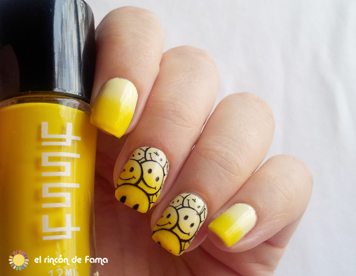 yellow gradient smile nails | el rincon de fama