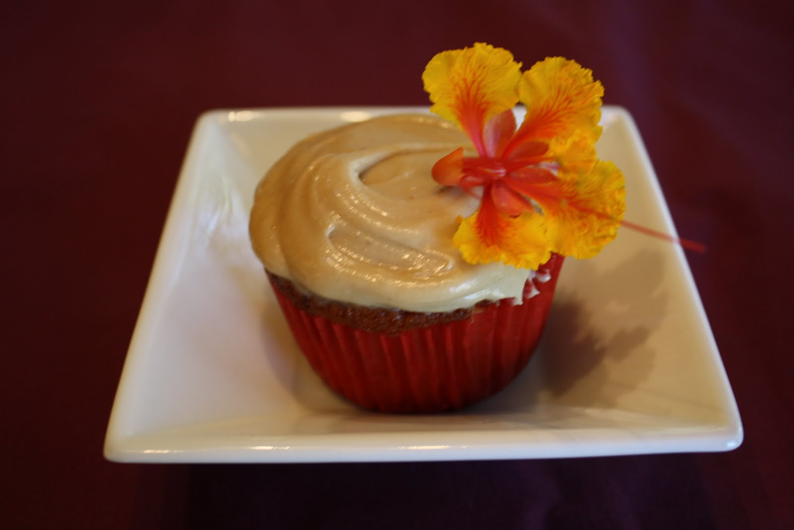 Lactose-Free Girl: Peach Cupcakes with Brown Sugar Frosting