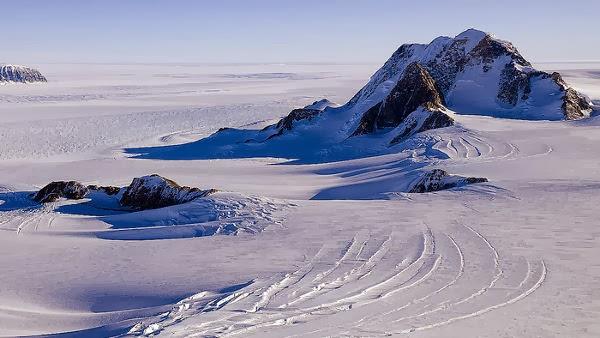Marie Byrd Land, Antartika, lembah terbesar