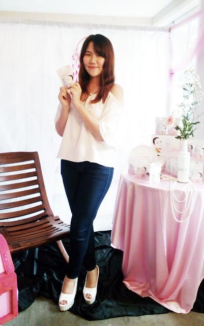 Dewi Yang Pinkuroom Beauty Blogger
