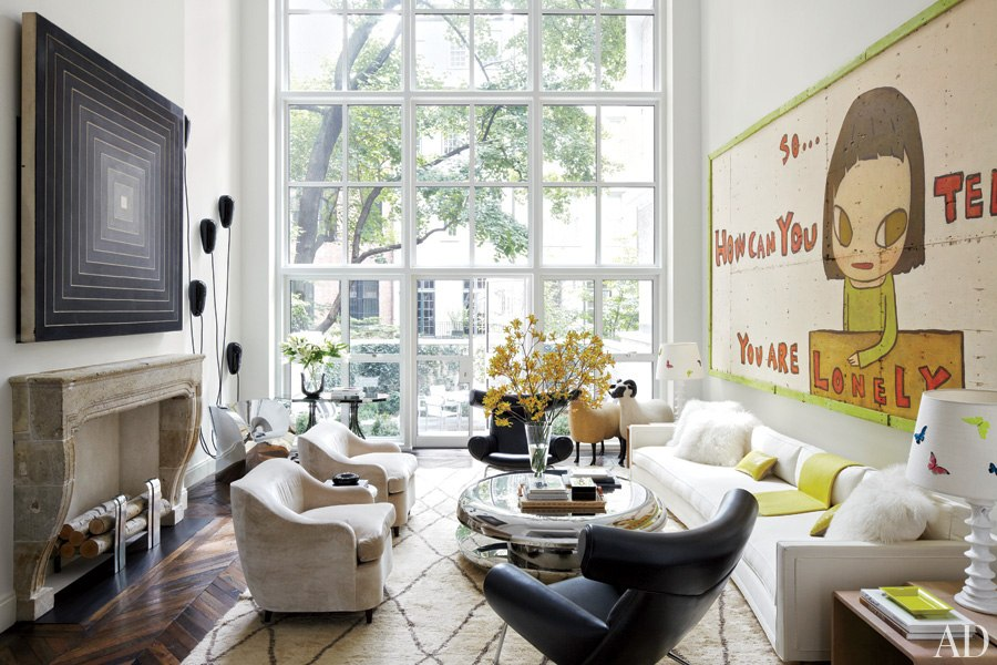 Loveisspeed a cutting edge new york city townhouse for Michael j arlen living room war