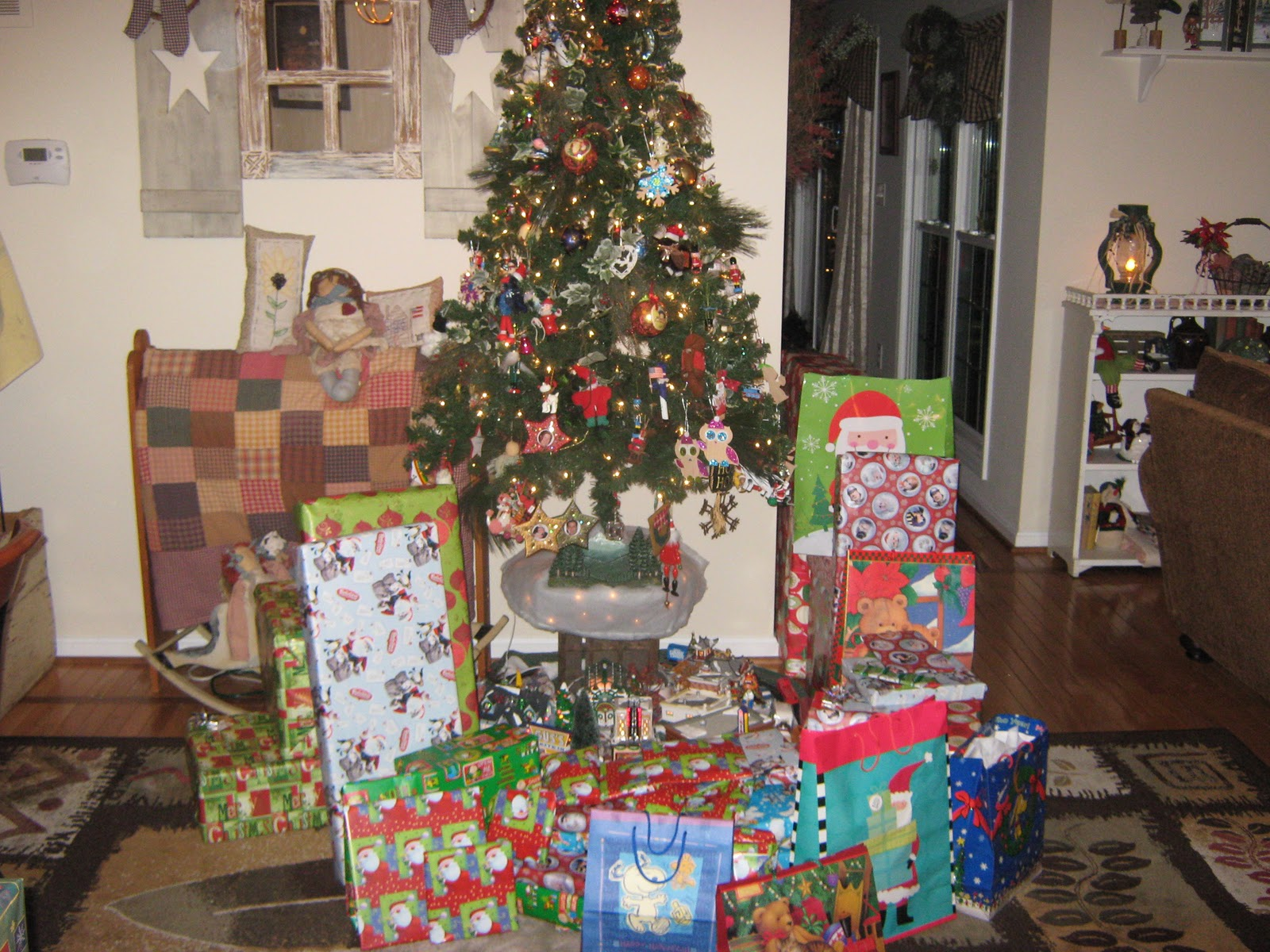 Fake-It Frugal: 10 Gift Genres Under $2.00 - Fill Up That Space ...