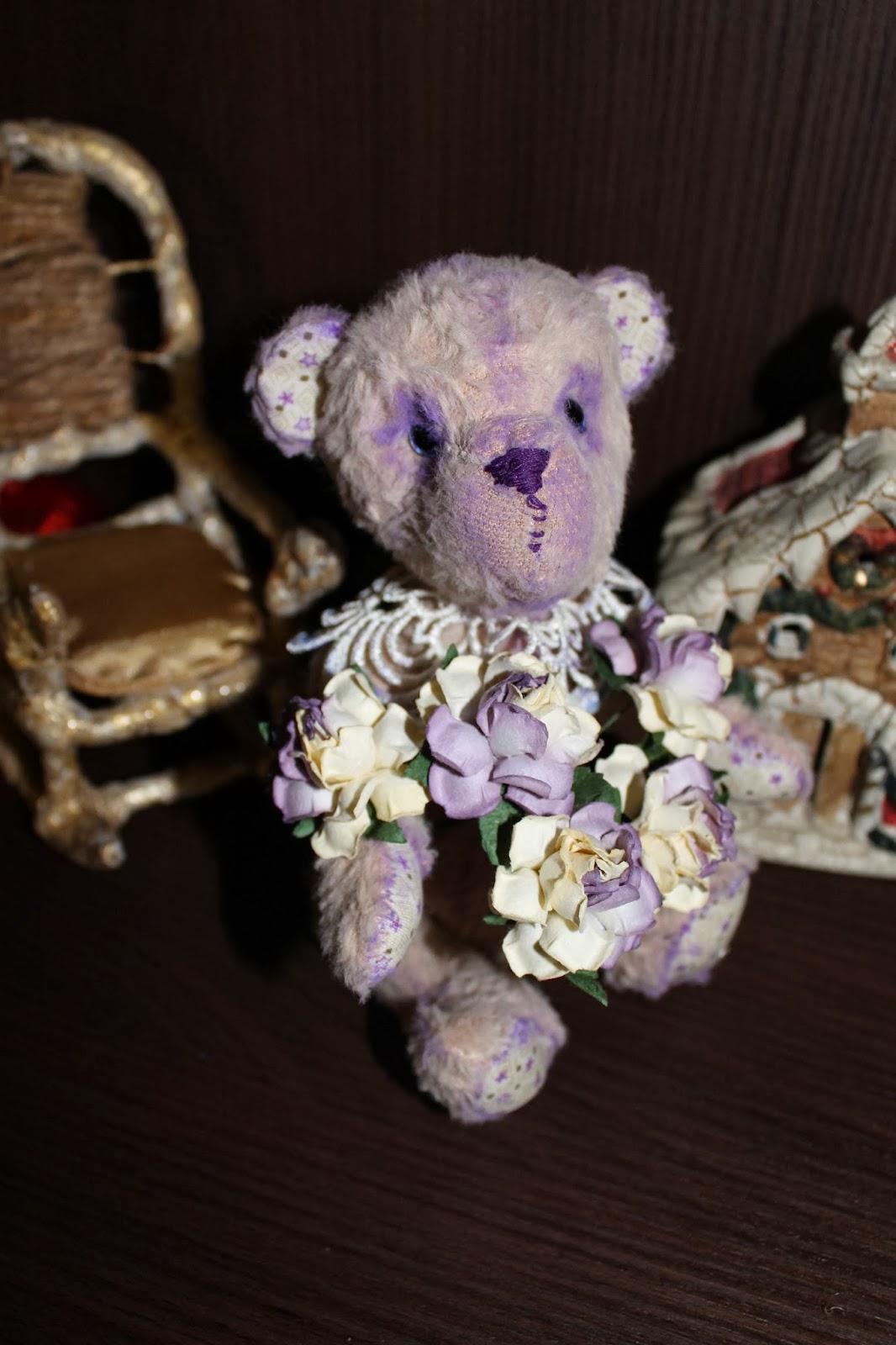 Розовый мишка Тедди