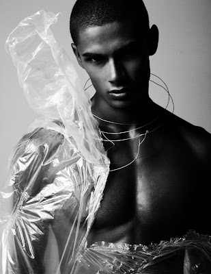 >Hot Shoot | Eryck Laframboise by Matthew Lyn for Fashionisto Exclusive