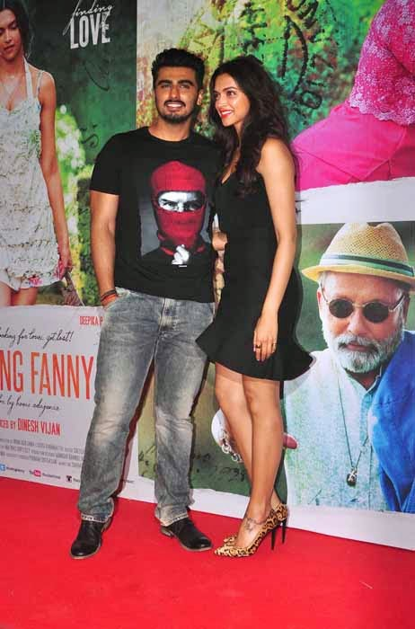 Deepika Padukone with Hrithik Roshan at Finding Fanny Special Screening Event