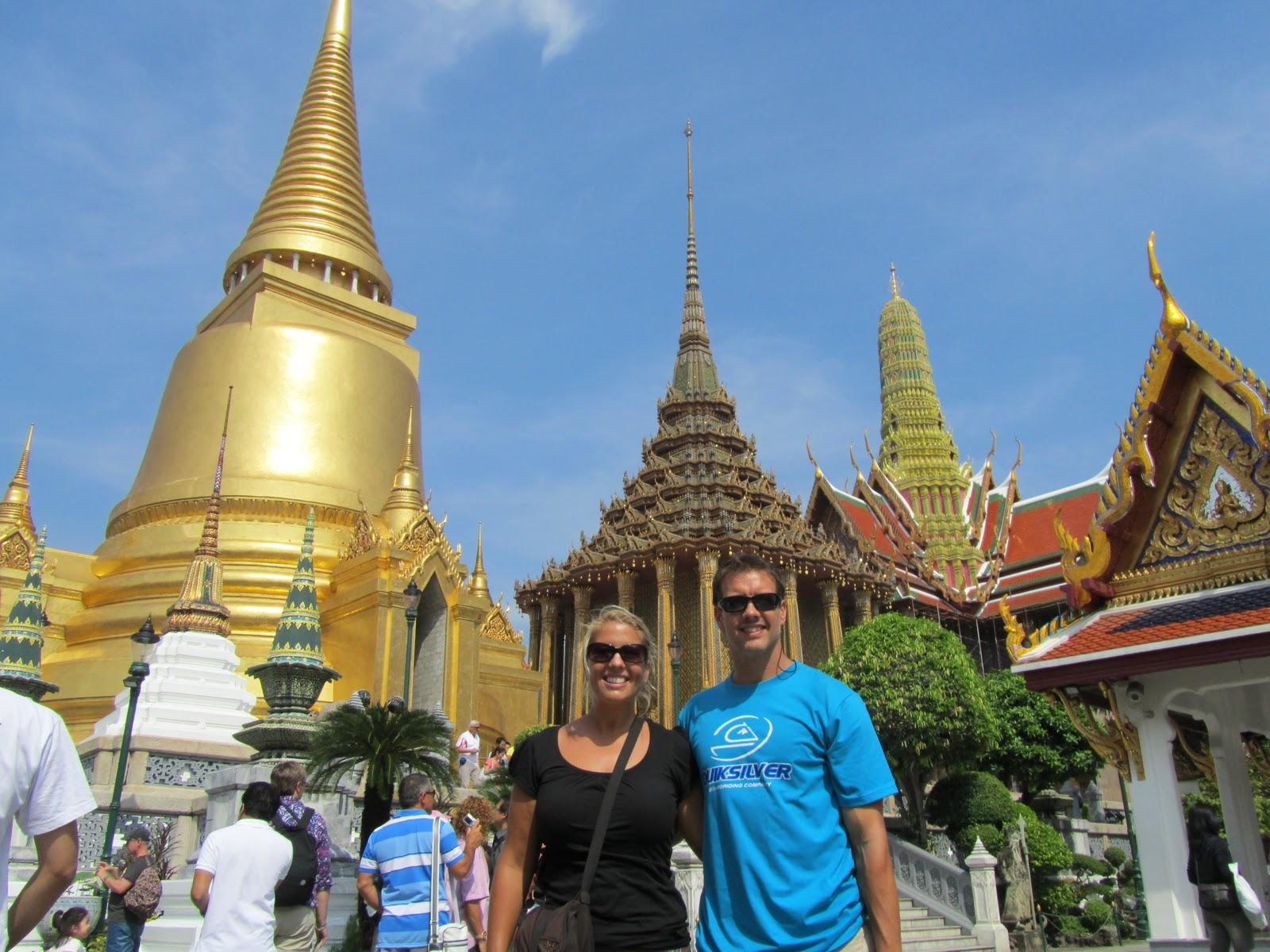 http://1.bp.blogspot.com/-PzXK__jgmng/TVVIzUvoRxI/AAAAAAAAALU/ctYzqCwYfvw/s1600/Bangkok+%252864%2529.JPG