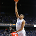 Dominicanos en la NCAA el viernes; Karl Towns 4 puntos y 5 tiros bloqueados.