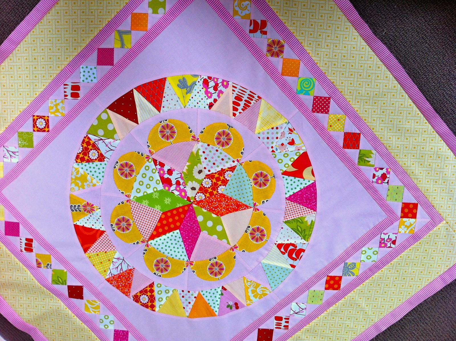 Cabbage Quilts Museum Medallion Quilts X 4