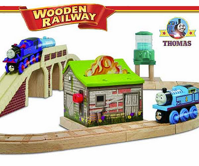 Toddler toy Thomas tank engine railway wooden train set layout big Belle the fire engine water truck