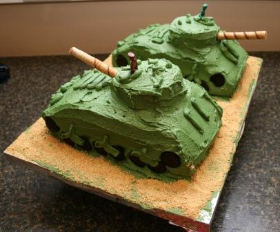 Easy Army Birthday Cake http://simple-yes-easy-no.blogspot.com/2012/04 ...