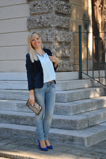 outfit camicia azzurra come abbinare la camicia azzurra abbinamenti camicia azzurra mariafelicia magno fashion blogger colorblock by felym fashion blog italiani fashion blogger italiane blog di moda blogger italiane di moda fashion blogger bergamo fashion blogger milano outfit novembre outfit autunnali light blue shirt how to wear light blue shirt how to combine light blue shirt fall outfit fashion bloggers italy