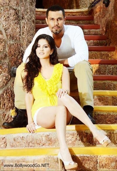 Unseen+Sunny+Leone+(3)