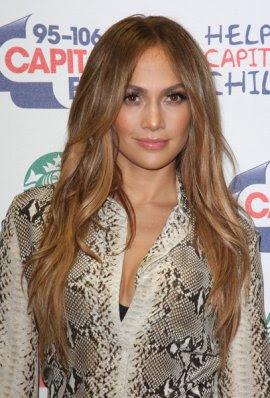 Dan Berikut model dan contoh foto potongan rambut panjang 10 artis ...