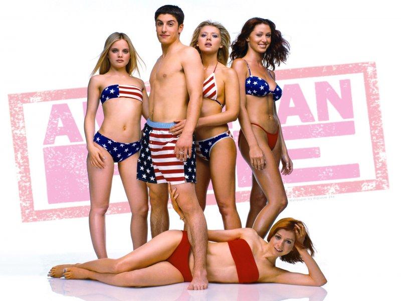 смотреть молодежные порно комедии онлайн
