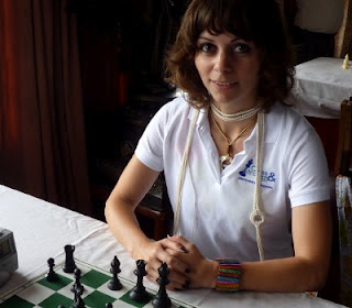 Echecs au Féminin : Nino Maisuradze © Chess & Strategy