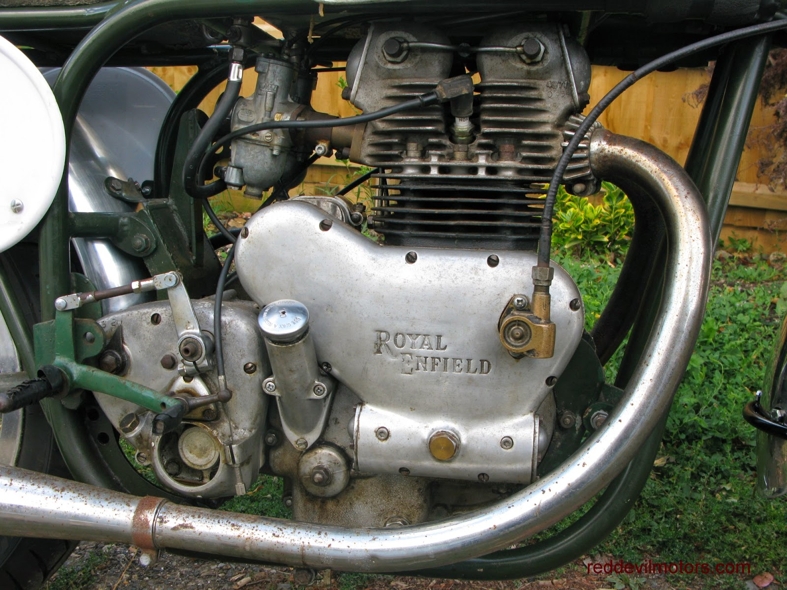 Royal Enfield 500 Twin race bike