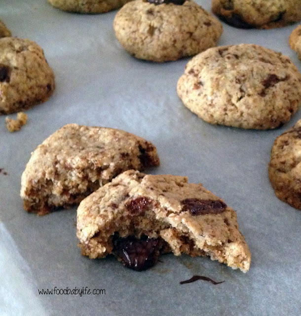 Spelt Chocolate Chunk Cookies © www.foodbabylife.com