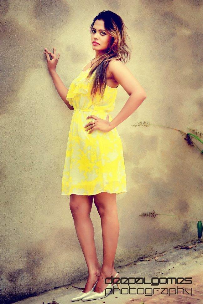 chandi yellow legs