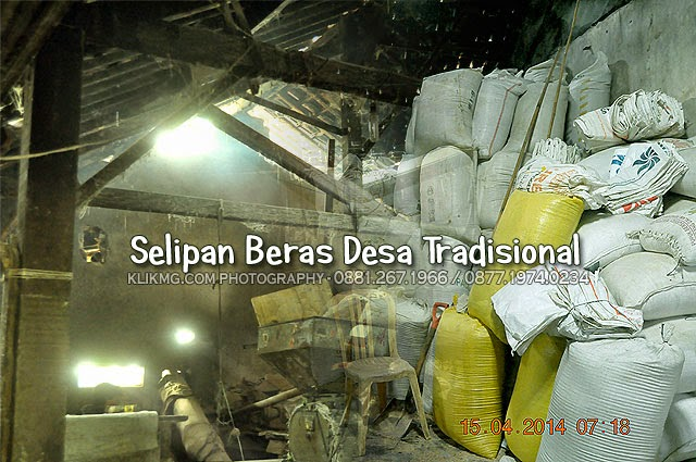 Selipan Beras Desa Tradisional - foto oleh : KLIKMG.COM Photography - Photographer Indonesia, Photographer Banyumas, Photographer Purwokerto