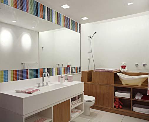 BANHEIROS  Papo de Design -> Banheiros Com Pastilhas Na Horizontal