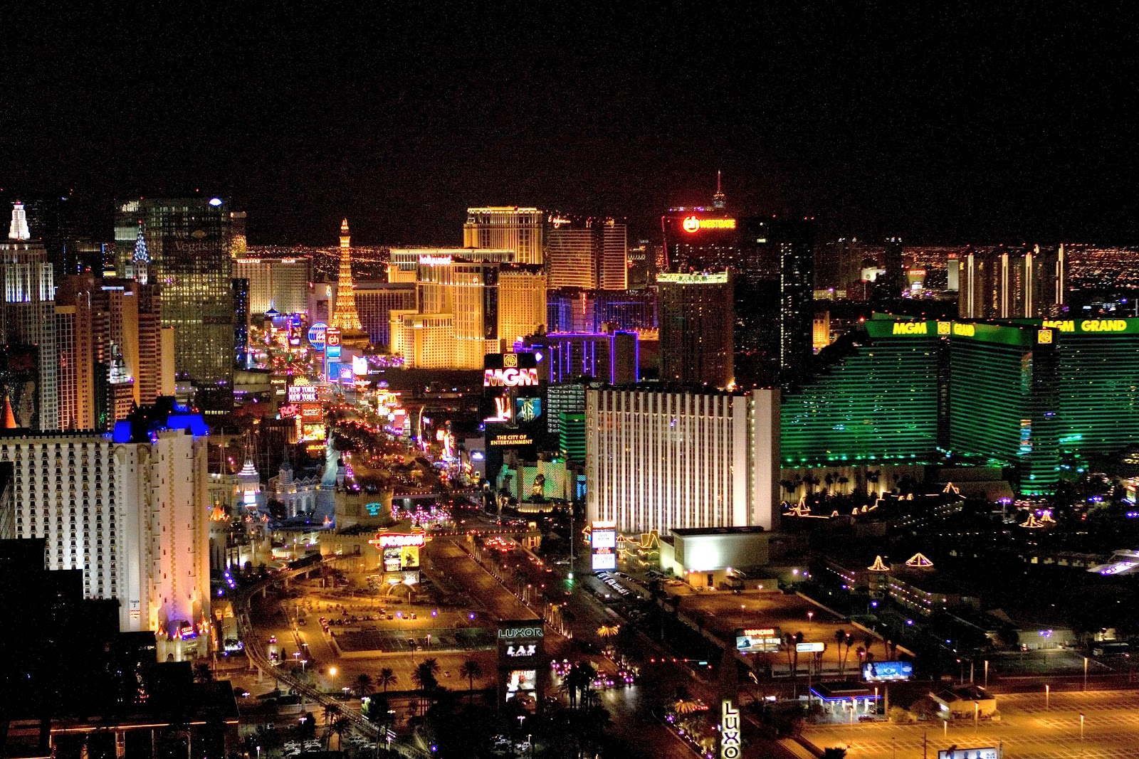 Amazing Night Life And Night Clubs In Las Vegas