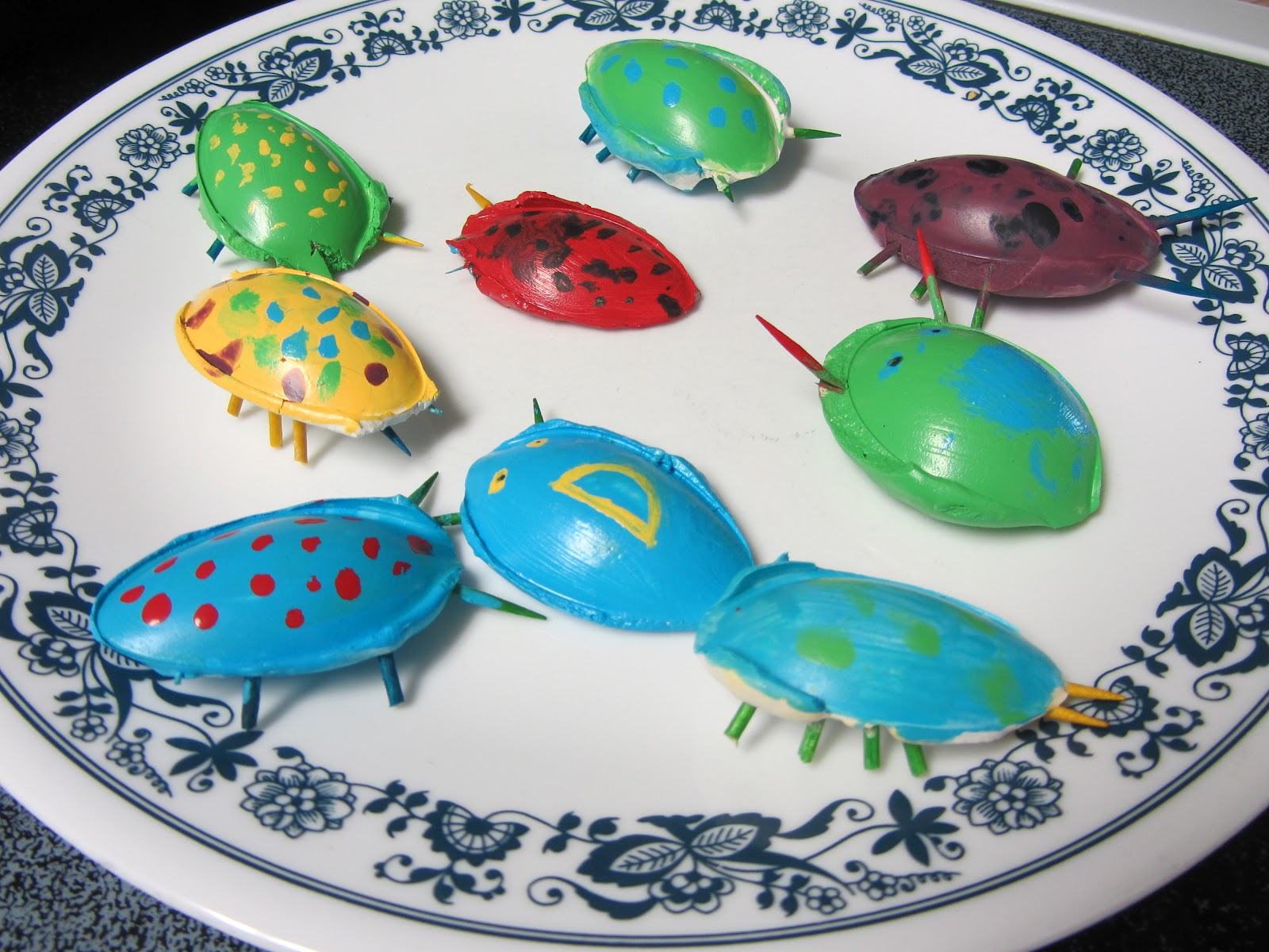 Mashed potatoes and crafts spoon bugs for kids for Paris themed crafts for kids