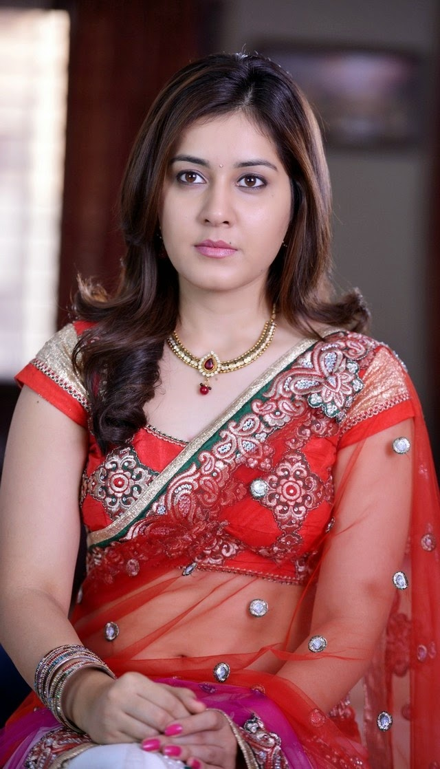 Rashi Khanna New Photo Gallary