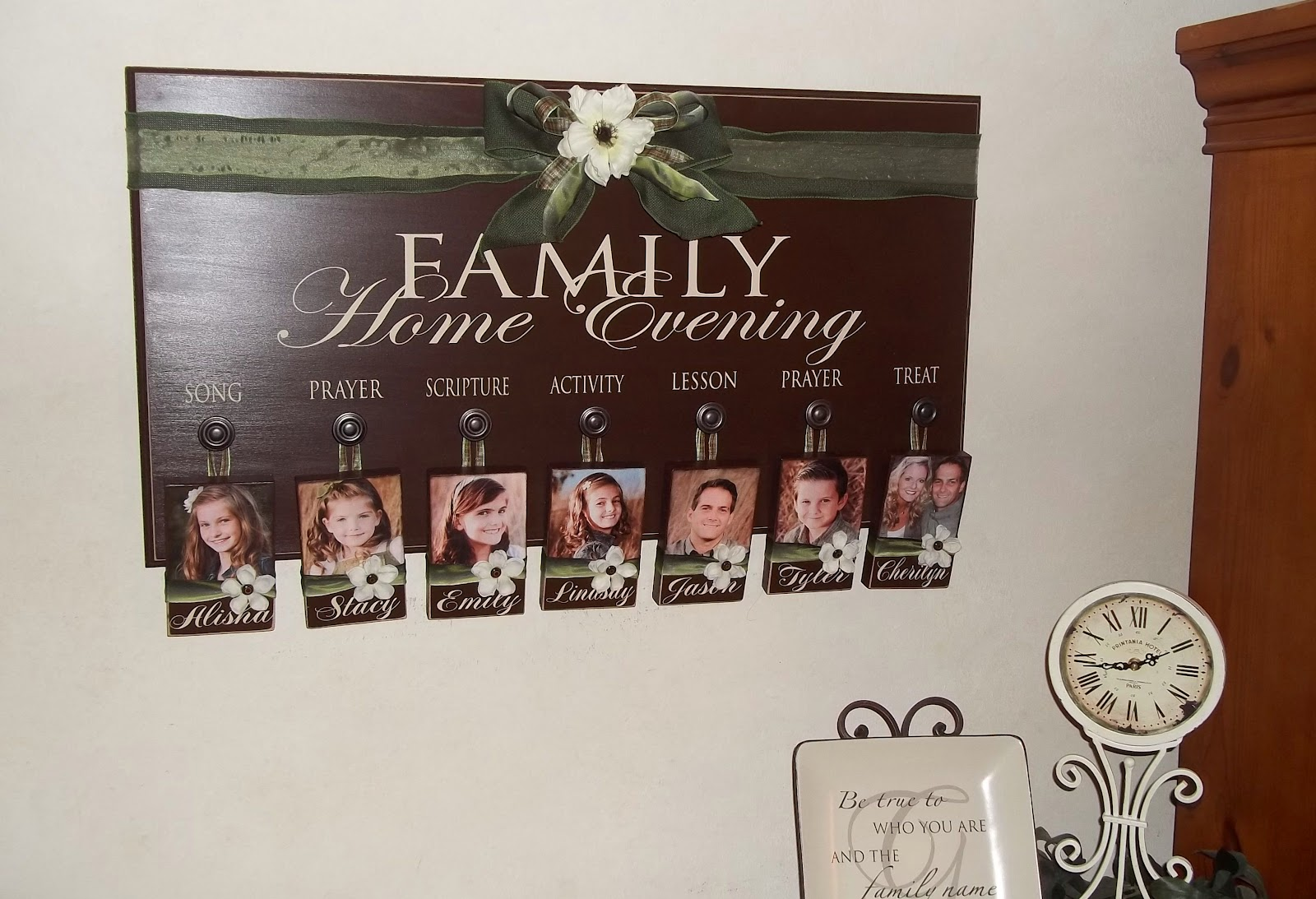 cher s signs by design family home evening board