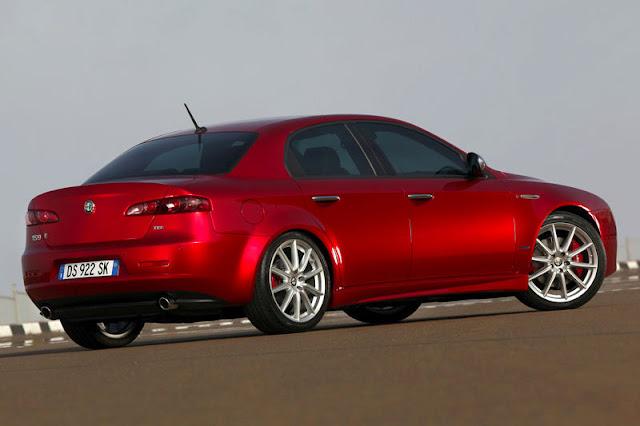 2012-Alfa-Romeo-159-Exterior-Back