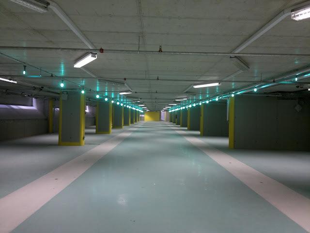 Illuminazione led casa aosta parcheggio ospedale parini for Casa a piano singolo